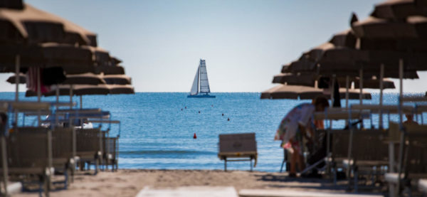 spiaggia stabilimento Peperittima